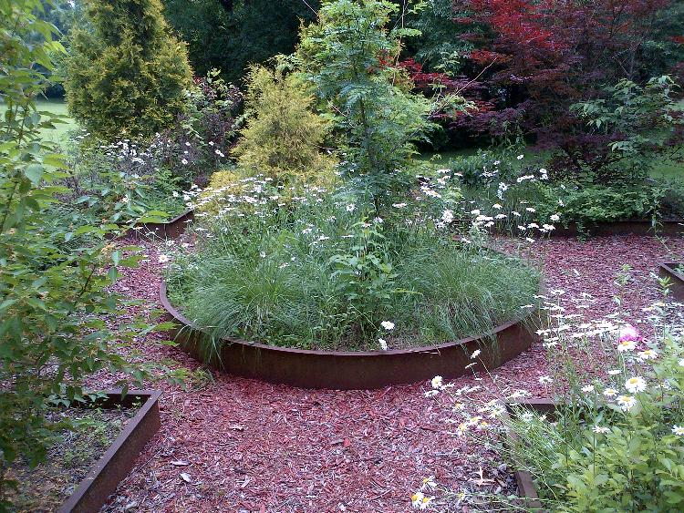 Renovated Relaxation Garden: Before Garden